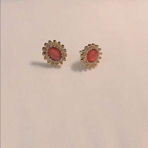 🌷Goldtone Pink Gemstone Studded Earrings